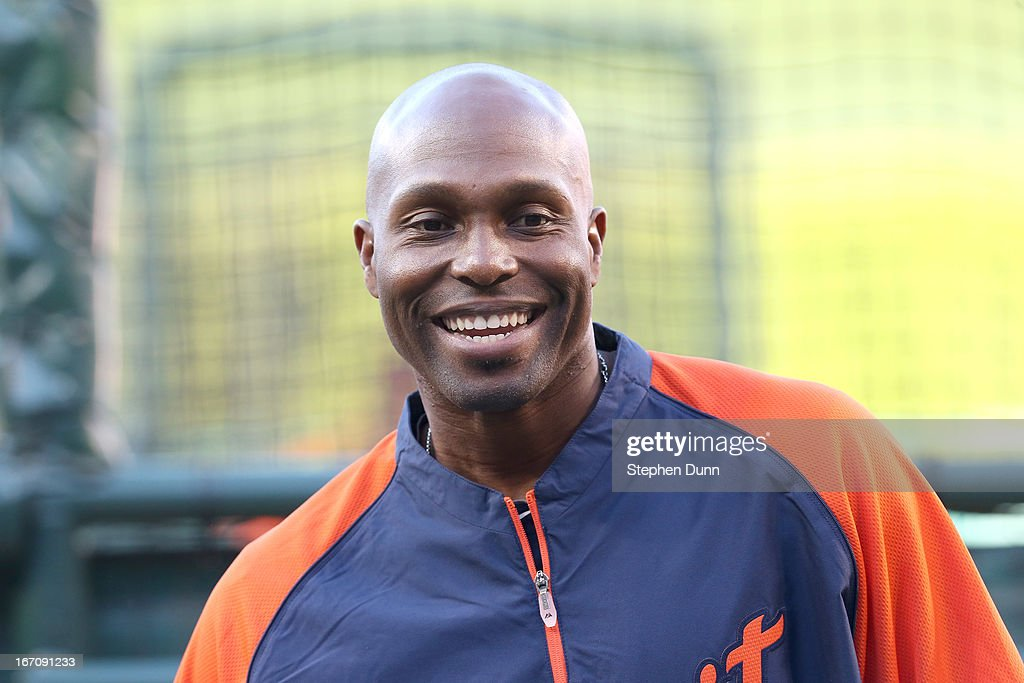 <a gi-track='captionPersonalityLinkClicked' href=/galleries/search?phrase=Torii+Hunter&family=editorial&specificpeople=183408 ng-click='$event.stopPropagation()'>Torii Hunter</a> #48 of the Detroit Tigers smiles as he takes batting practice before the game against the Los Angeles Angels of Anaheim at Angel Stadium of Anaheim on April 19, 2013 in Anaheim, California.
