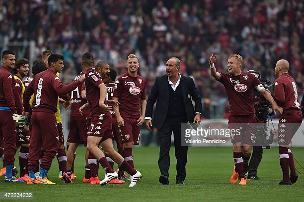 Torino FC head coach Giampiero Ventura with his players celebrates the victory at the end of the Serie A match between Torino FC and Juventus FC at...