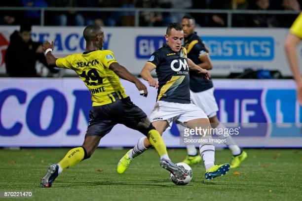 Torino Hunte of VVV Venlo Giovanni Korte of NAC Breda during the Dutch Eredivisie match between VVVvVenlo NAC Breda at the Seacon Stadium De Koel on...