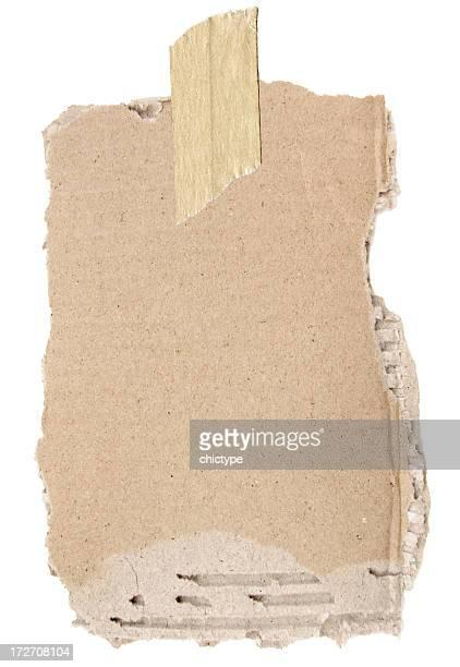 Déchiré en carton avec un morceau de ruban adhésif