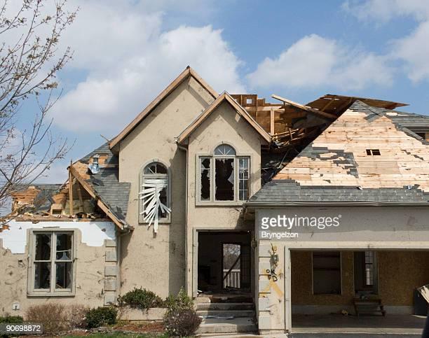 Tornado daños estuco-Missouri