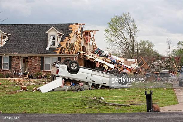 Tornado víctimas