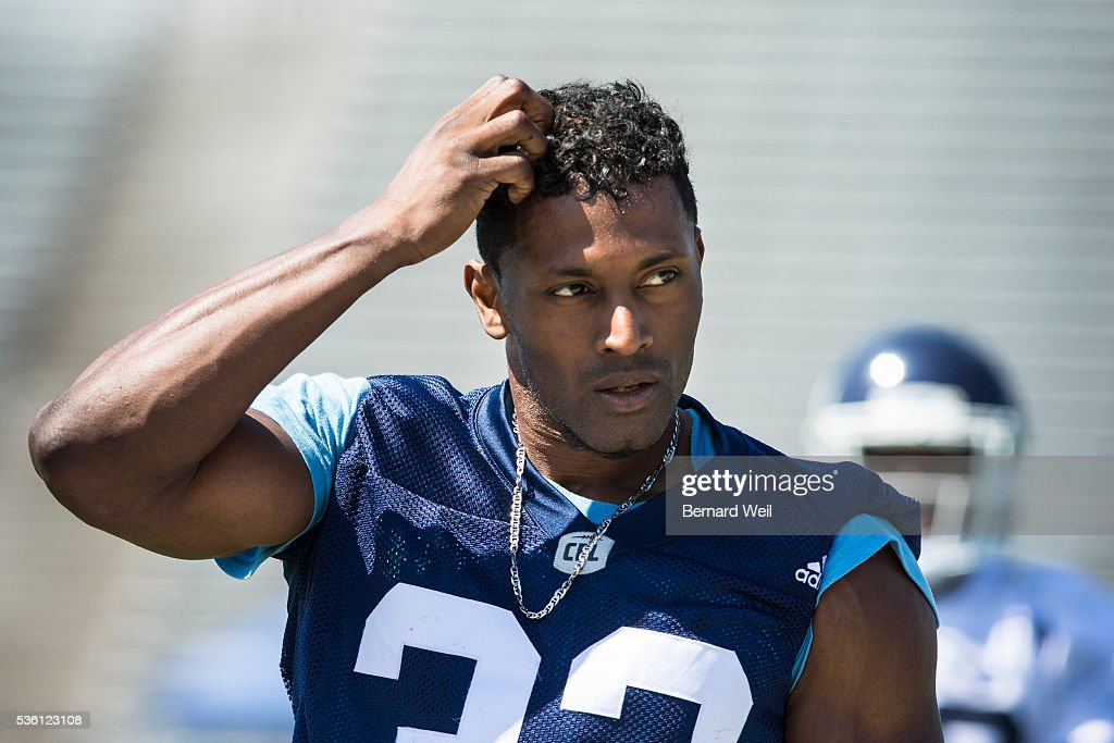 GUELPH, ON - MAY 31 - Toronto Argonauts slotback Andre Durie, from York University, rests after the first half of practice at Guelph University. May 31, 2016.