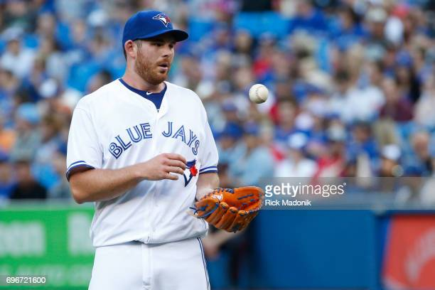 Toronto Blue Jays relief pitcher Joe Biagini has a rough start Toronto Blue Jays Vs Chicago White Sox in MLB regular season play at Rogers Centre in...