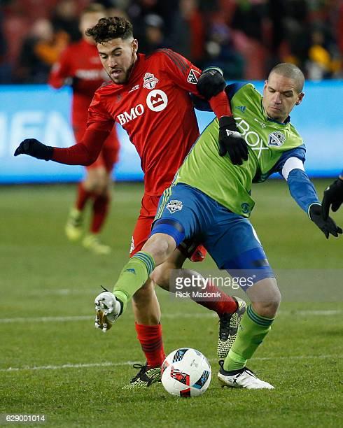 Toronto FC midfielder Jonathan Osorio and Seattle Sounders midfielder Osvaldo Alonso tangle Toronto FC vs Seattle Sounders in 2nd half action of MLS...