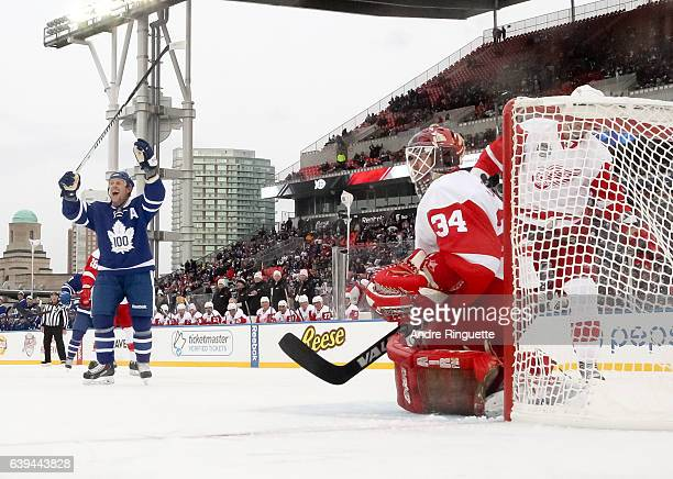 Toronto Maple Leafs alumni Borje Salming celebrates after a goal on Detroit Red Wings alumni Manny Legace during the 2017 Rogers NHL Centennial...