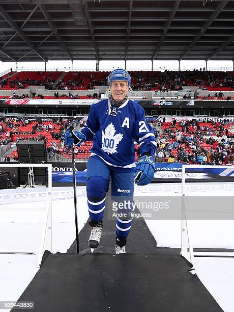 Toronto Maple Leafs alumni Borje Salming walks to the ice to take on Detroit Red Wings alumni during the 2017 Rogers NHL Centennial Classic Alumni...