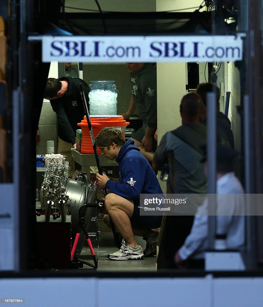 Toronto Maple Leafs left wing Nikolai Kulemin gets his stick ready in the tunnel as the Toronto Maple Leafs play the Boston Bruins in Game 1 in the first round of the NHL Stanley Cup playoffs at TD Garden.