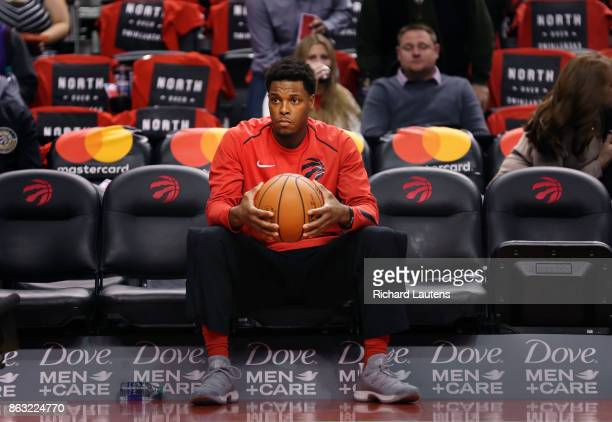 Toronto ON OCTOBER 19 Just prior to the start of the game Toronto Raptors guard Kyle Lowry takes a moment to compose himself The Toronto Raptors took...