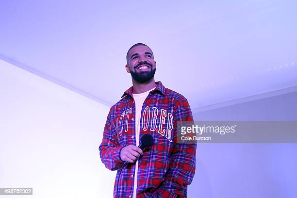 TORONTO ON NOVEMBER 25 Toronto Rapper Drake addresses media in a 'Hotline Bling' installation at the Air Canada Centre in Toronto on November 25...