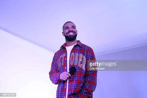 TORONTO ON NOVEMBER 25 Toronto Rapper Drake addresses media in a 'Hotline Bling' installation at the Air Canada Centre in Toronto on November 25...