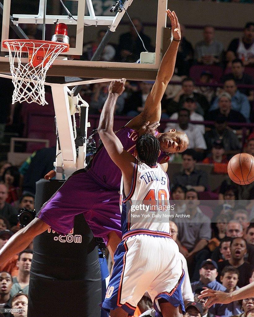 Toronto Raptors Vince Carter has his shot blocked by New Yo