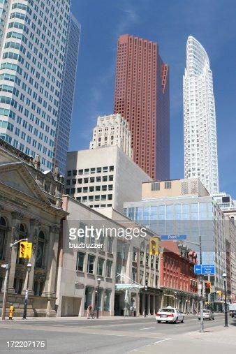Toronto Urban Avenue : Stock Photo