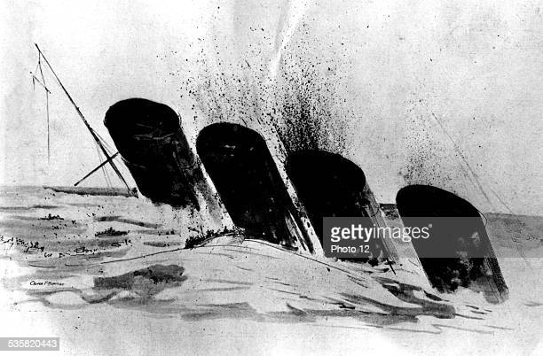 Torpedoing of the Lusitania The funnels of the huge Cunard liner are still emerging when the last lifeboat is moving away EtatsUnis Guerre 19141918...