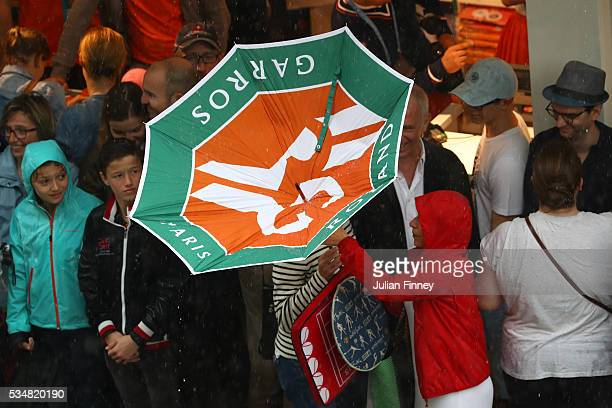 EDITORS NOTE Torrential rain stops play day seven of the 2016 French Open at Roland Garros on May 28 2016 in Paris France