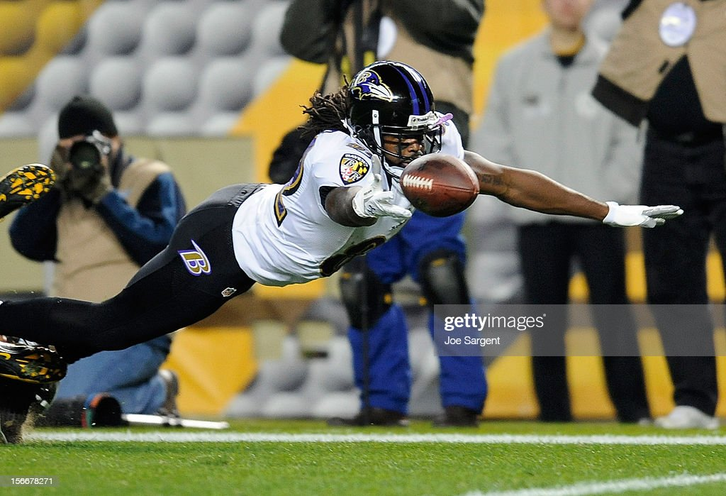 Torrey Smith #82 of the Baltimore Ravens dives for the ball during the second quarter against the Pittsburgh Steelers on November 18, 2012 at Heinz Field in Pittsburgh, Pennsylvania.