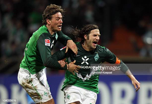 Torsten Frings of Bremen celebrates the second and decision goal with Clemens Fritz during the Bundesliga match between SV Werder Bremen and 1899...