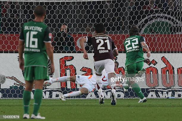 Torsten Frings of Bremen scores his team's first goal during the Bundesliga match between Hannover 96 and SV Werder Bremen at AWD Arena on September...