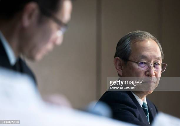 Toshiba Corp President Satoshi Tsunakawa right attends a press conference on March 29 2017 in Tokyo Japan Toshiba announced that its US nuclear unit...