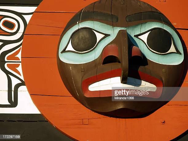 Totem face, Vancouver