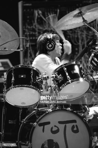 Toto drummer Jeff Porcaro performs in February 1981 in Los Angeles California