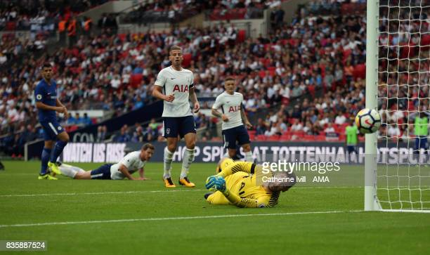 Tottenham Hotspur goalkeeper Hugo Lloris watches as the shot Alvaro Morata of Chelsea goes wide during the Premier League match between Tottenham...