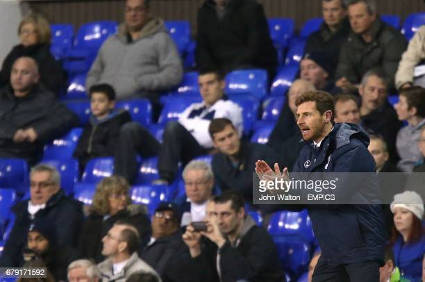 Tottenham Hotspur manager Andre VillasBoas tries to encourage his players from the touchline