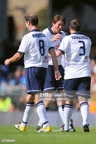 Tottenham Hotspur's Darren Anderton with team mates David Howells and Justin Edinburgh