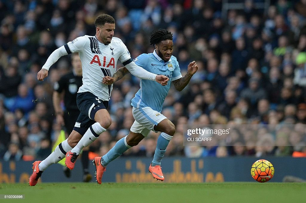 Tottenham Hotspur's English defender Kyle Walker (L) vies with Manchester City's English midfielder Raheem Sterling during the English Premier League football match between Manchester City and Tottenham Hotspur at the Etihad Stadium in Manchester, north west England, on February 14, 2016. / AFP / OLI SCARFF / RESTRICTED TO EDITORIAL USE. No use with unauthorized audio, video, data, fixture lists, club/league logos or 'live' services. Online in-match use limited to 75 images, no video emulation. No use in betting, games or single club/league/player publications. /