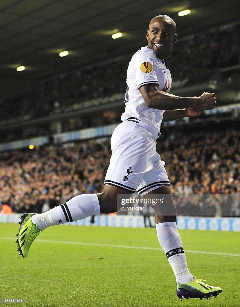 Tottenham Hotspur's English striker Jermain Defoe celebrates scoring his team's first goal during the UEFA Europa League group K football match between Tottenham Hotspur and Tromso at White Hart Lane, London, on September 19, 2013. Tottenham won 3-0.