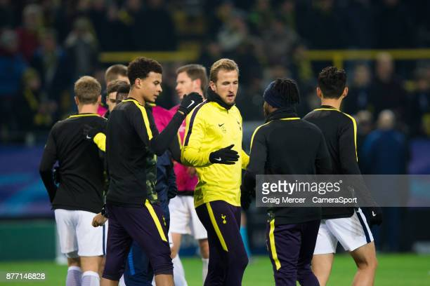 Tottenham Hotspur's Harry Kane and Dele Alli shake hands with Danny Rose during the prematch warmup during the prematch warmup during the UEFA...