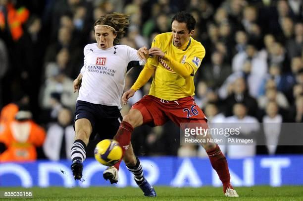 Tottenham Hotspur's Luka Modric and Stoke City's Matthew Etherington battle for the ball
