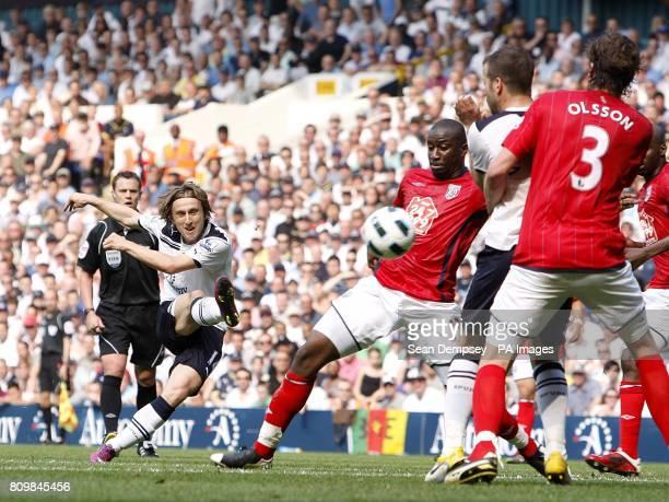 Tottenham Hotspur's Luka Modric has an attempt on goal