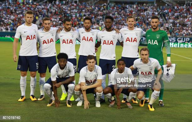 Tottenham Hotspurs players pose on the pitch prior to the start of their game with Paris SaintGermain during a International Champions Cup 2017 game...