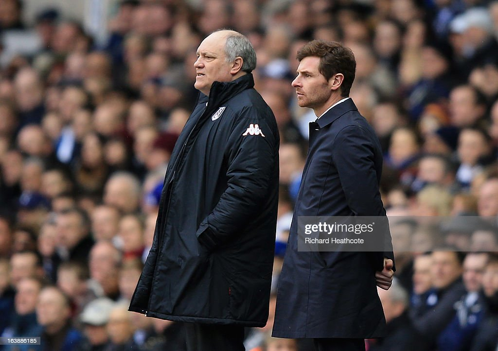 Tottenham manager Andre Villas Boas and Fulham manager <a gi-track='captionPersonalityLinkClicked' href=/galleries/search?phrase=Martin+Jol&family=editorial&specificpeople=215368 ng-click='$event.stopPropagation()'>Martin Jol</a> watch on from the touchline during the Barclay's Premier League match between Tottenham Hotspur and Fulham at White Hart Lane on March 17, 2013 in London, England.