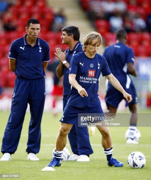 Tottenham's Luka Modric warms up before the PreSeason Friendly at the Matchroom Stadium Leyton