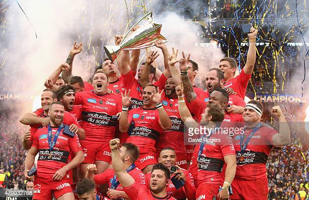 Toulon celebrate after thier victory during the European Rugby Champions Cup Final between ASM Clermont Auvergne and RC Toulon at Twickenham Stadium...
