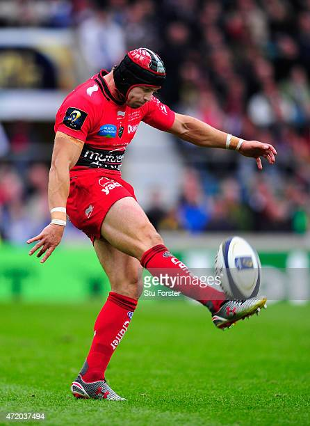 Toulon player Leigh Halfpenny in action during the European Rugby Champions Cup Final between ASM Clermont Auvergne and RC Toulon at Twickenham...