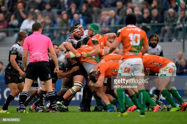 RC Toulon's and Benetton players in a scrum during the European Rugby Champions Cup match Benetton Treviso vs RC Toulon at the Monigo stadium in...