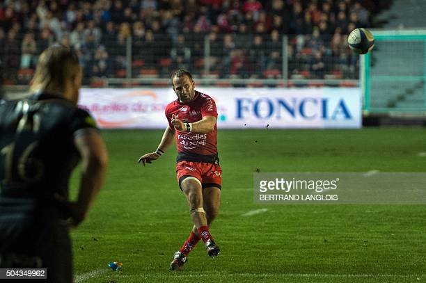 RC Toulon's French flyhalf Frederic Michalak scores the final penalty kick during the European Rugby Champions Cup rugby union match RC Toulon vs...