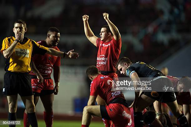 RC Toulon's French hooker Anthony Etrillard celebrates at the final whistle of the European Champions Cup rugby union match RC Toulon vs Bath on...