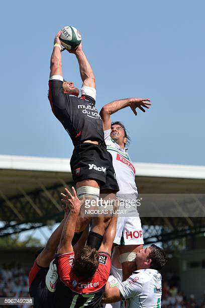 RC Toulon's French Number Eight Charles Ollivon catches the ball in a lineout during the French Top 14 rugby union match between Pau and Toulon on...