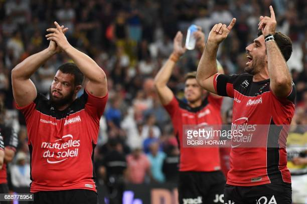 RC Toulon's players celebrate after winning the French Top 14 rugby union match between RC Toulon and La Rochelle on May 26 2017 at the Velodrome...