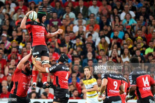 RC Toulon's South African lock Juandre Kruger catches the ball in a line out during the French Top 14 rugby union match between RC Toulon and La...