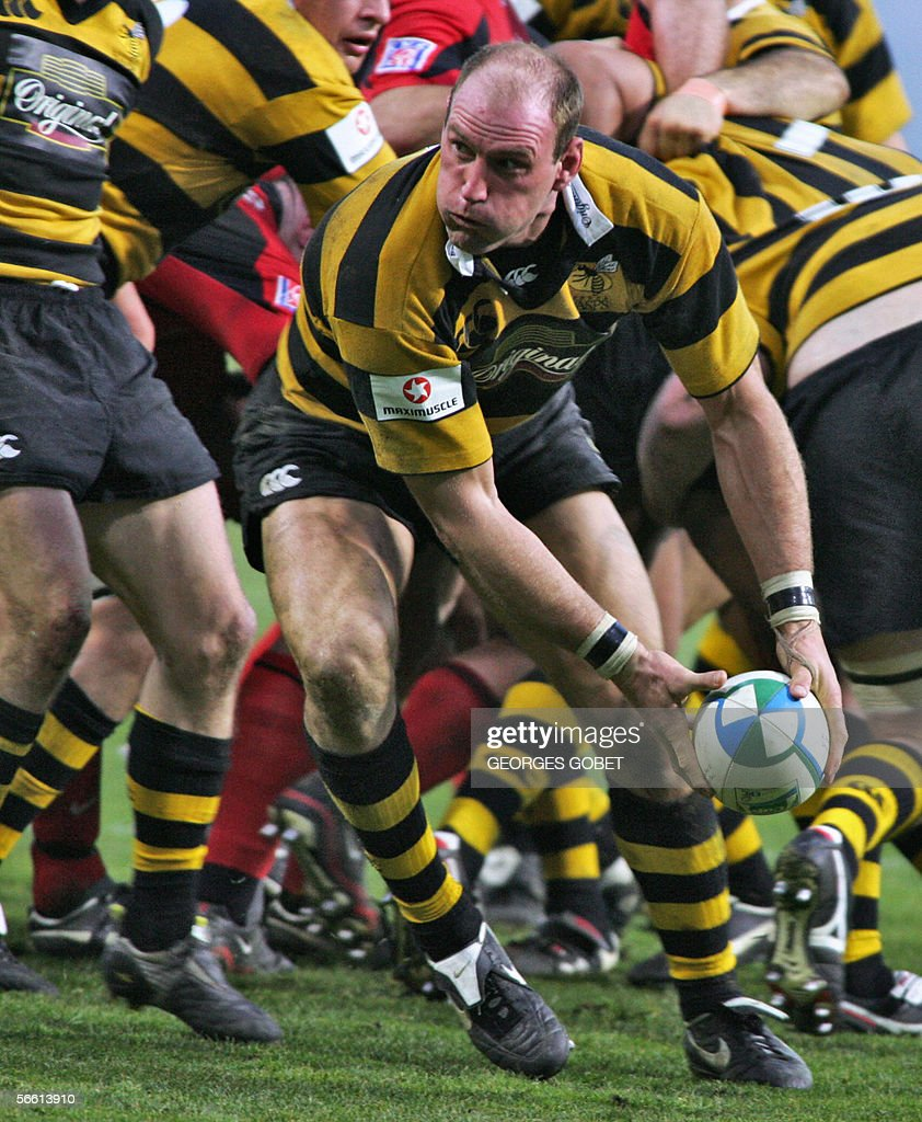 A file photo taken 14 January 2006 shows Wasp's captain Lawrence Dallaglio clearing the ball out of a scrum at the Toulouse stadium during the...