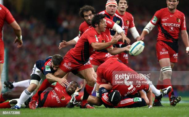 Toulouse's Byron Kelleher passes the ball from a maul during the Heineken Cup Final at the Millennium Stadium Cardiff