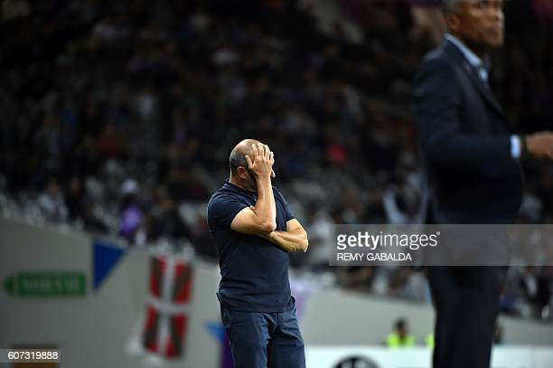 Toulouse's coach Pascal Dupraz reacts during the French L1 football match Toulouse against Guingamp on september 17 2016 at the Municipal Stadium in...