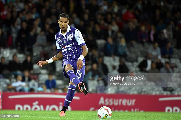 Toulouse's defender Julien Christopher controls the ball during the French L1 football match Toulouse against Guingamp on September 17 2016 at the...