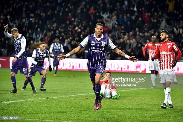 Toulouse's forward Christopher Jullien celebrates after scoring a goal during the French L1 football match Toulouse against Nancy on December 17 2016...