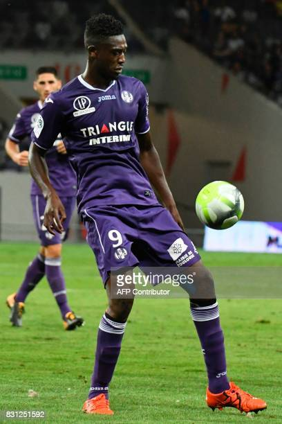 Toulouse's French forward Yaya Sanogo controls the ball during the French Ligue 1 football match between Toulouse and Montpellier at the Municipal...